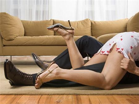 Bắt vợ triệt sản vì dám ngoại tình - 1