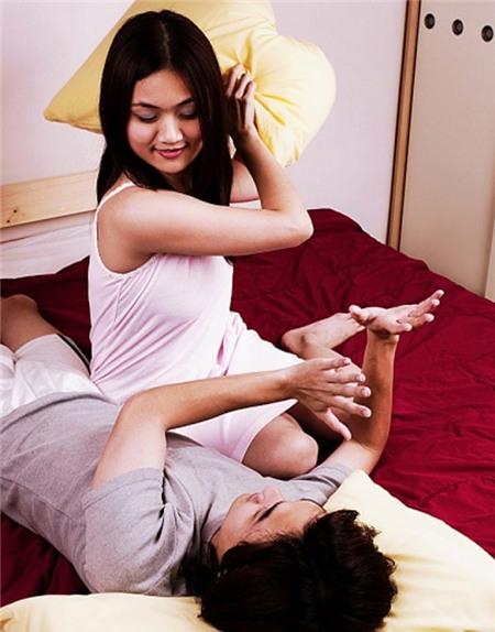 """Chết cười với chuyện vợ chồng """"hâm nóng"""" tình yêu 1"""