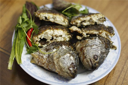 Món ăn đồng quê dân dã chế biến từ những chú cá rô ta vẫn được yêu thích dù ngày nay chẳng thiếu mâm cao cỗ đầy.
