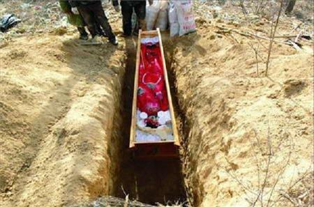 Âm hôn: tục cưới người chết rùng rợn ở Trung Quốc 8