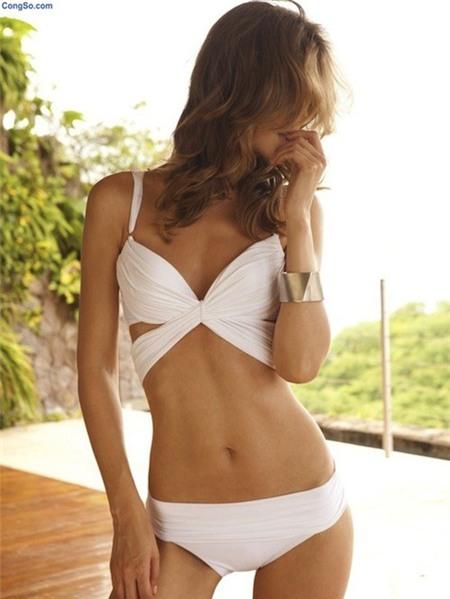 Nóng bỏng xu hướng áo tắm 'bùng nổ' hè 2013 - 9