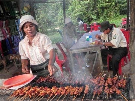 Rớt nước miếng với những món ăn đường phố của Campuchia 9