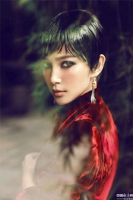 """Trào lưu tóc mái """"lưa thưa"""" mê hoặc các kiều nữ châu Á 19"""