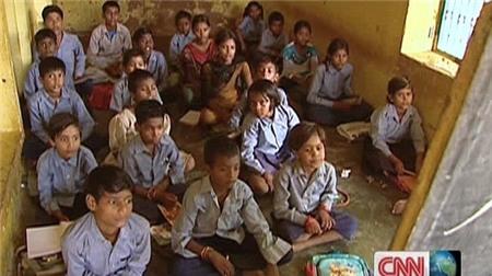 Trường học đã được xây dựng tại ngôi làng Bharatpur.
