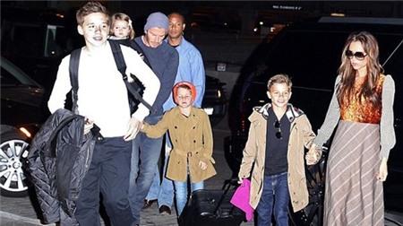 Những khoảnh khắc hạnh phúc bên gia đình của Beckham