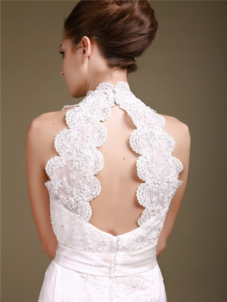 Chọn váy cưới lộng lẫy mà thoải mái cho cô dâu mùa hè 21