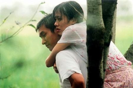 Tình yêu bùng cháy giữa trời mưa trong phim Hàn - 10