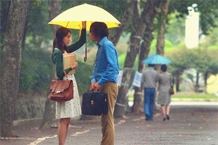 Tình yêu bùng cháy giữa trời mưa trong phim Hàn - 2