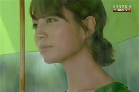 Tình yêu bùng cháy giữa trời mưa trong phim Hàn - 5