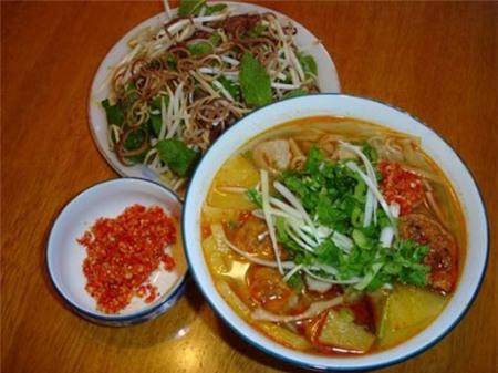 Khám phá 10 món ăn hấp dẫn nhất Đà Nẵng 3