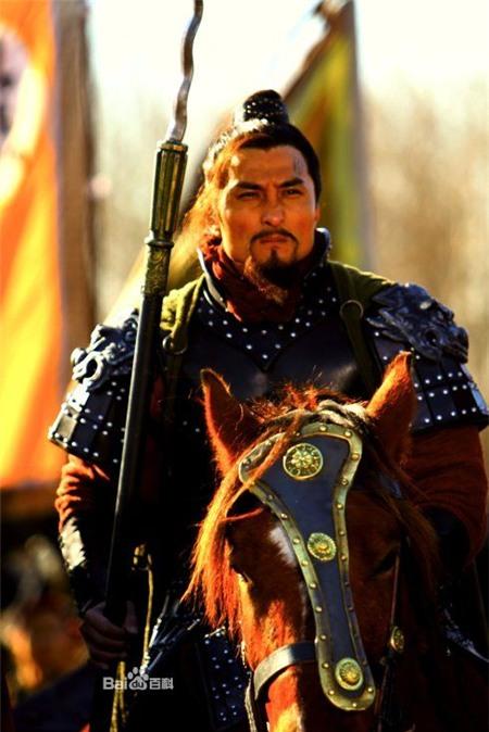 Hé lộ cuộc đời diễn viên đóng Lâm Xung trong Thủy Hử