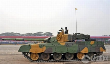 Tăng MBT-2000 của Trung Quốc sử dụng động cơ Ukraina