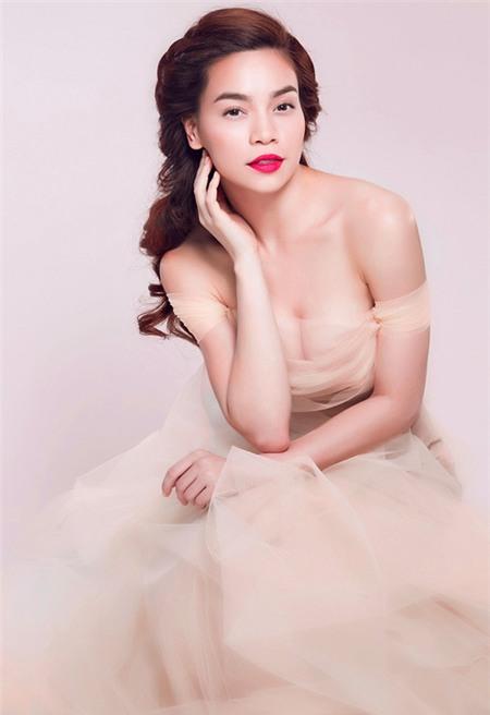 Tuyển tập váy pastel đẹp miễn chê của Hồ Ngọc Hà - 12