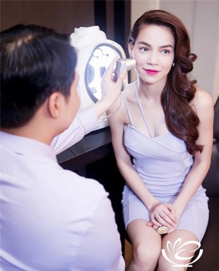 Tuyển tập váy pastel đẹp miễn chê của Hồ Ngọc Hà - 4