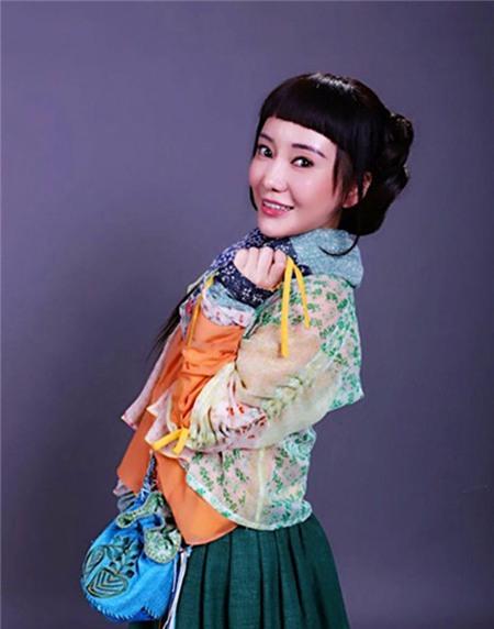 10 vai phụ đàn áp nhan sắc của Tiểu Long Nữ 2014 7