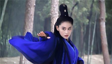 10 vai phụ đàn áp nhan sắc của Tiểu Long Nữ 2014 9