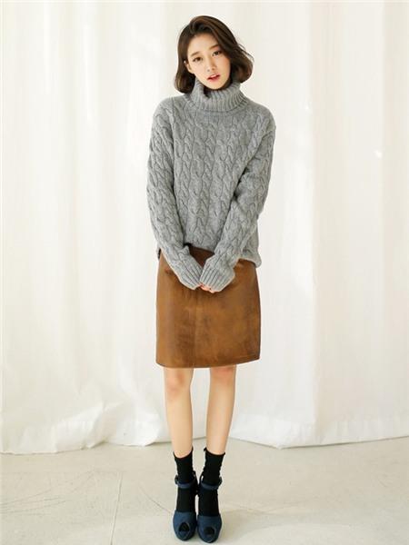 3 màu áo len cơ bản cần có trong tủ đồ mùa đông 3
