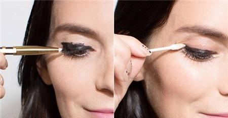 14 mẹo nhỏ giúp bạn kẻ eyeliner mỏng, đẹp, sắc như tranh vẽ 11
