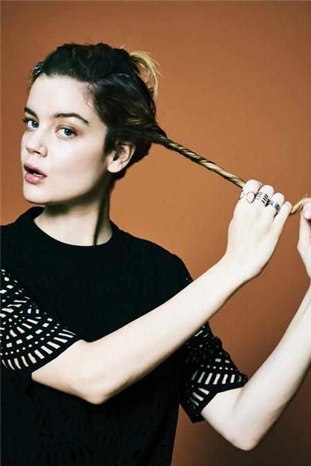 """Học cách tạo kiểu để có mái tóc """"phiêu"""" như quý cô nước Pháp 14"""