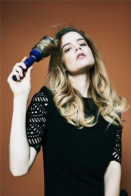 """Học cách tạo kiểu để có mái tóc """"phiêu"""" như quý cô nước Pháp 16"""