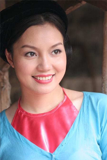 Chị cũng tạo được dấu ấn đặc biệt khi tham gia 1 vai diễn trong hài Tết 2013: Không hề biết giận.