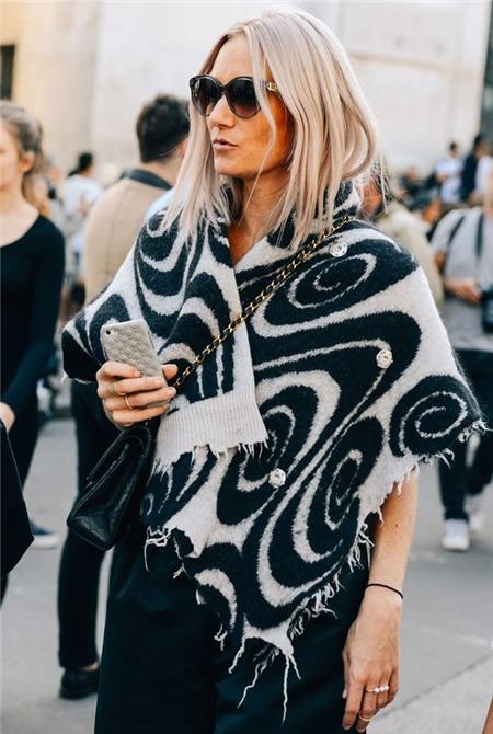 7 món thời trang giúp quý cô luôn yên tâm trong ngày đông lạnh 1