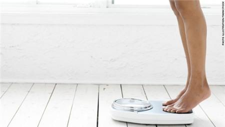 4 nguyên nhân không ngờ dẫn tới tăng cân và hại sức khỏe 1