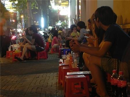 5 con hẻm ăn vặt trứ danh của Sài Gòn 1