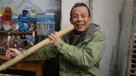 Danh hài Việt và những vai bi trong sân khấu cuộc đời của mình