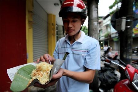 Quà sáng 10.000 đồng của người Hà Nội