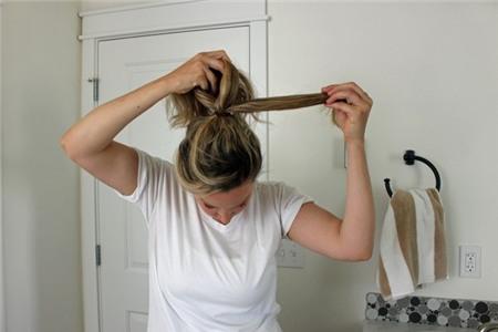 3 kiểu tóc búi duyên dáng không tốn quá 10 phút để tự thực hiện 6