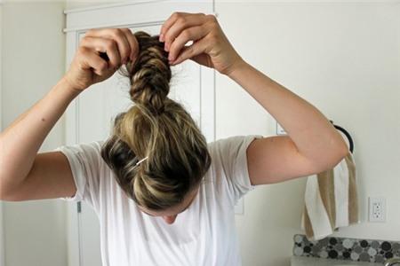 3 kiểu tóc búi duyên dáng không tốn quá 10 phút để tự thực hiện 9