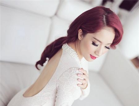 5 tấm lưng trần mướt mắt nhất showbiz Việt - 6