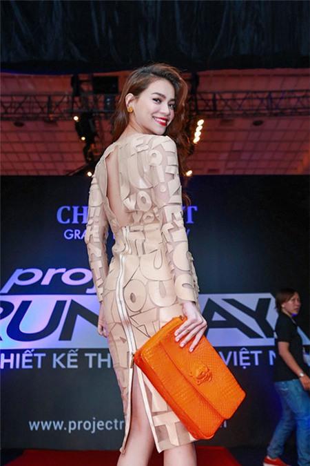 5 tấm lưng trần mướt mắt nhất showbiz Việt - 12