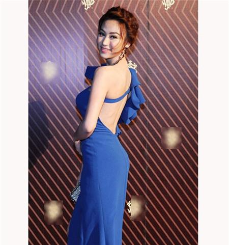 5 tấm lưng trần mướt mắt nhất showbiz Việt - 14