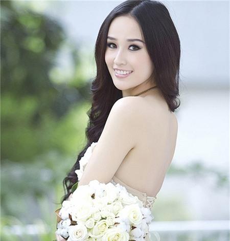 5 tấm lưng trần mướt mắt nhất showbiz Việt - 2