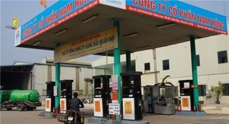 Phát hiện cây xăng tại Hà Nội bán dầu kém chất lượng