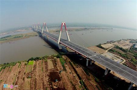 Hà Nội sẽ bắn pháo hoa tầm cao gần cầu Nhật Tân