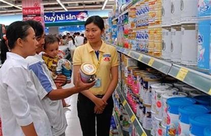 Sữa bị thao túng, làm giá: Không bộ nào nhận trách nhiệm