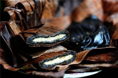 Món ăn 'đen ngòm' mà siêu ngon