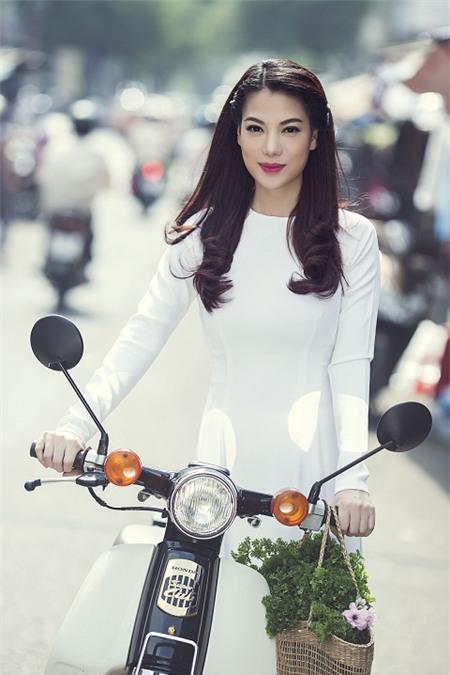 Sao Việt rạng rỡ và tươi tắn hơn với màu tóc nhuộm nâu 13