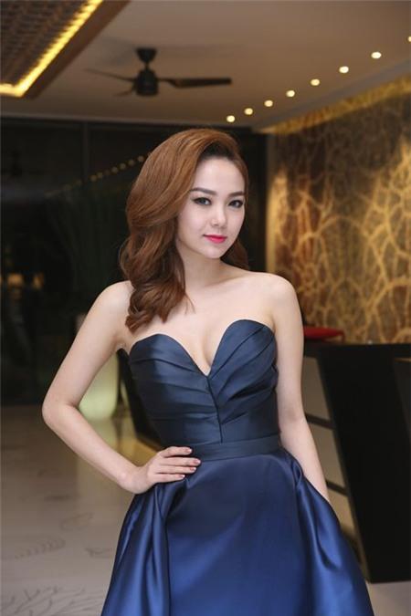 Sao Việt rạng rỡ và tươi tắn hơn với màu tóc nhuộm nâu 18