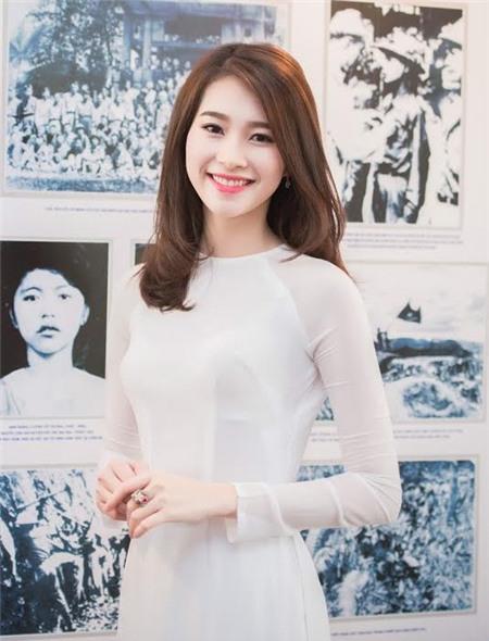 Sao Việt rạng rỡ và tươi tắn hơn với màu tóc nhuộm nâu 4