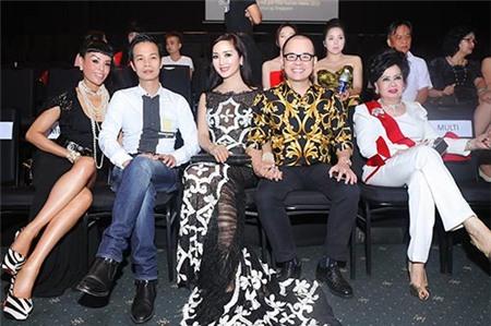 4 đại gia được nhiều sao hàng đầu showbiz Việt nể nang nhất 11