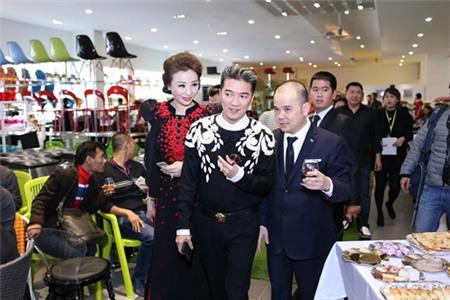 4 đại gia được nhiều sao hàng đầu showbiz Việt nể nang nhất 12