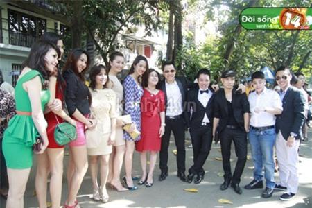 4 đại gia được nhiều sao hàng đầu showbiz Việt nể nang nhất 17
