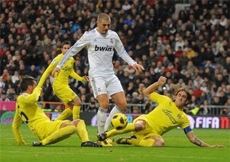 Real Madrid vs Villarreal (03h00 2/3): Sức ép phải thắng