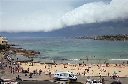 """Sydney bất ngờ bị cơn bão mùa hè """"tấn công"""" 7"""