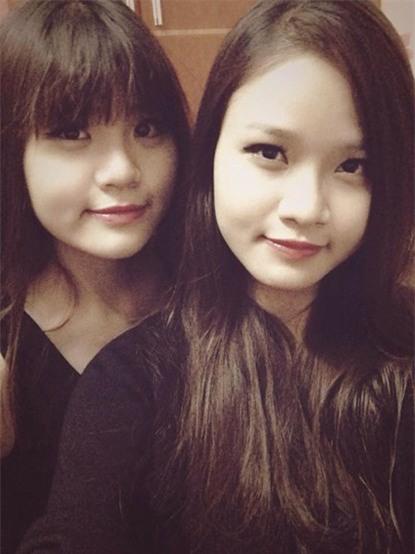 """2 chị em gái cover """"Thái Bình, mồ hôi rơi"""" gây sốt"""