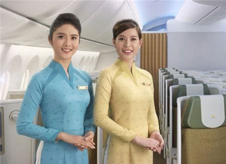 NTK Đức Hùng: Đồng phục Vietnam Airline